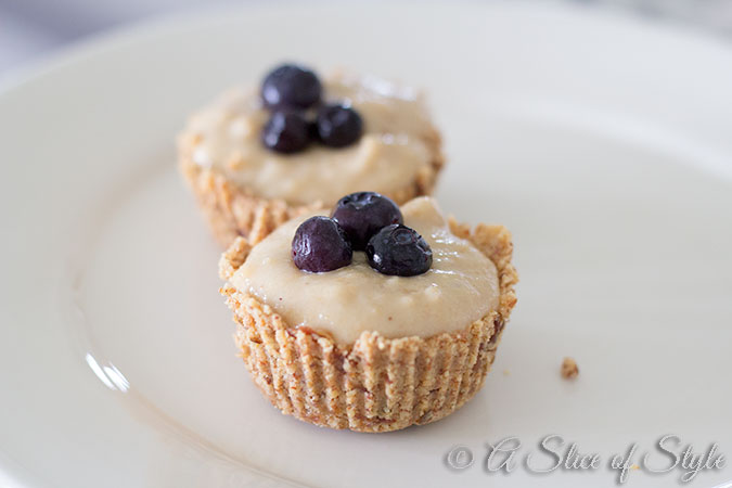 Lemon Cashew Cream Tarts