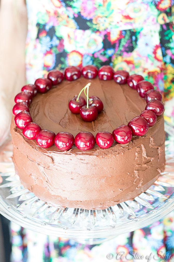 chocolate cake, chocolate, desserts, cherries, dessert ideas, dessert recipes, chocolate cake recipe, chocolate frosting, chocolate frosting recipe