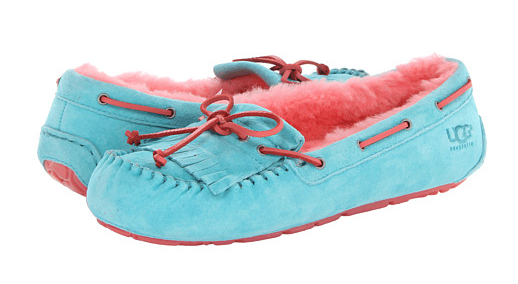 UGG, UGG slippers, the best slippers, most comfortable slippers, durable slippers