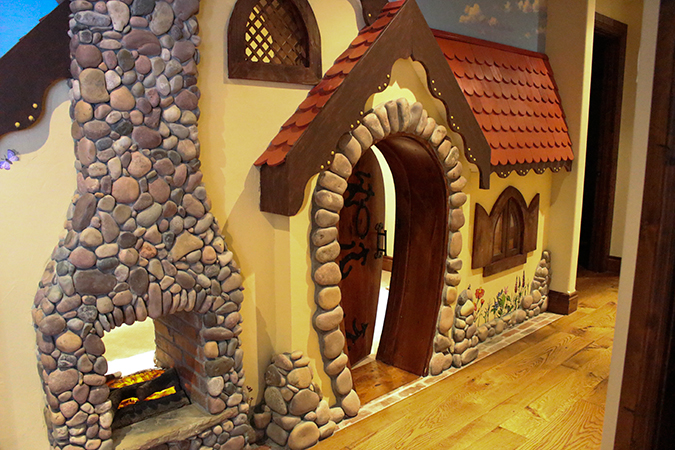 The Most Amazing Playhouse Ever!