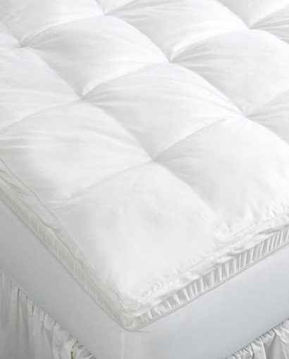Memory foam mattress toppers, bedding, bedding clearance, good deals on bedding, heated blankets, macy's sale, pillows on sale, cute throws