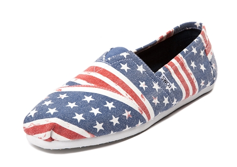 TOMS on sale, 4th of July, what to wear for the 4th