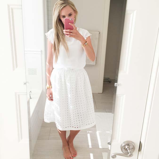 GAP eyelet midi skirt, GAP sale, best deals on clothes, white skirt