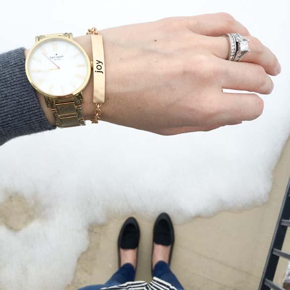 gold, dainty bracelet