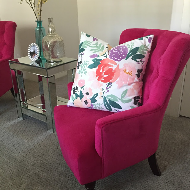 pink living rooms chairs