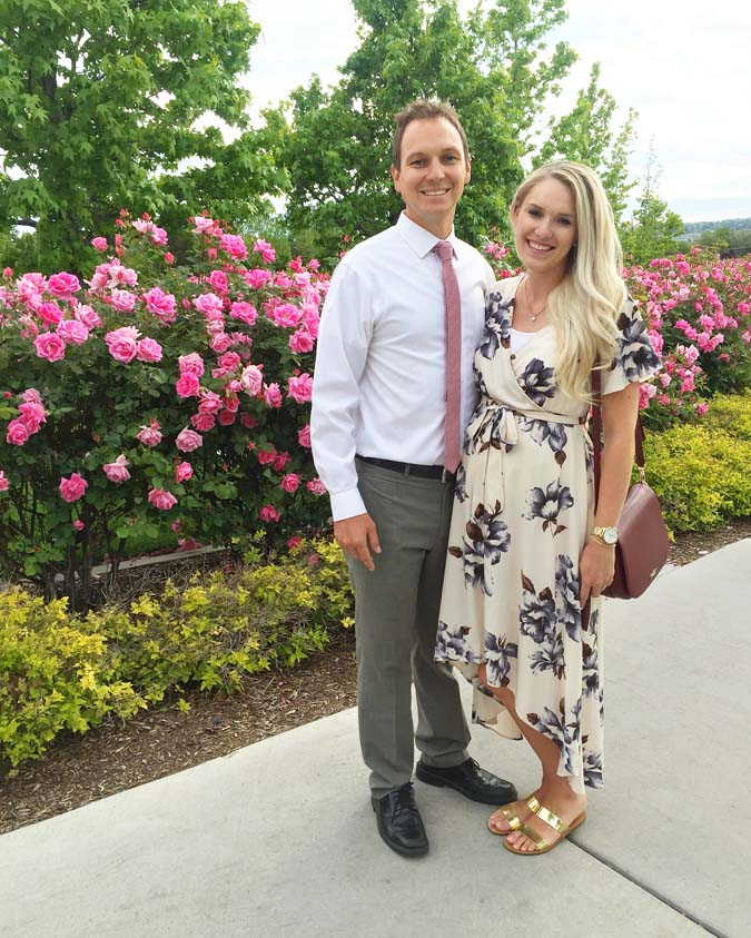 26 weeks pregnant with twins featured by top US life and style blogger and twin mom, A Slice of Style