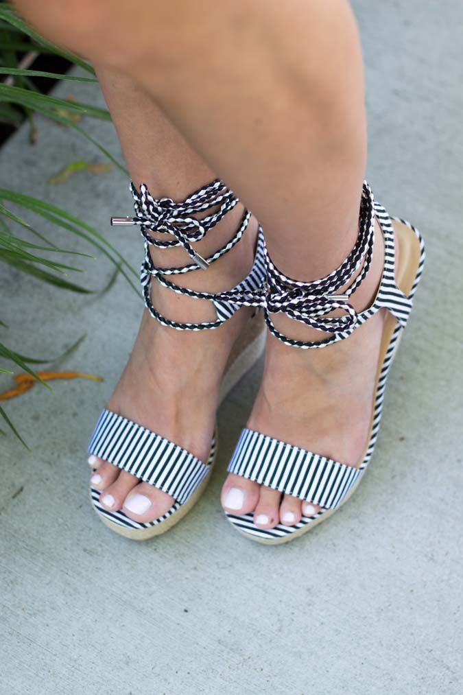black-and-white-wedges-40%-off