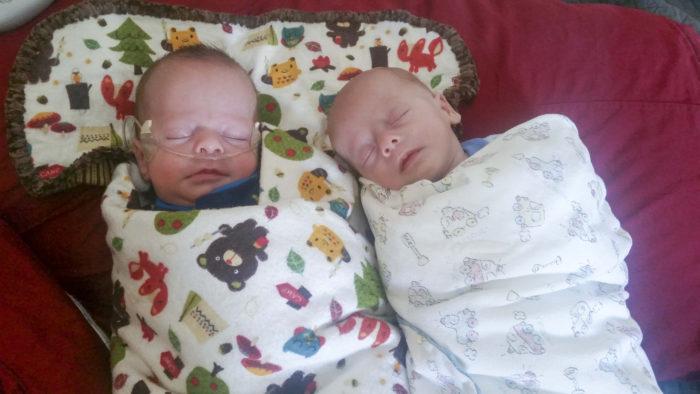 nicu-twins