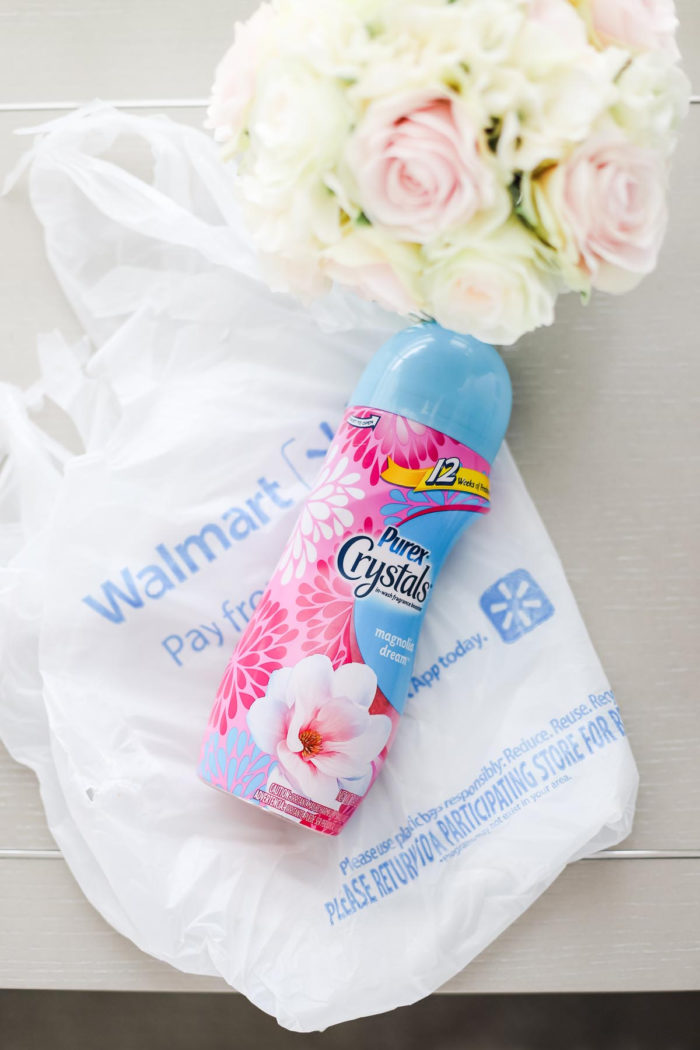 How to Keep your House Smelling Fresh with Purex Crystals featured by top Utah lifestyle blog, A Slice of Style