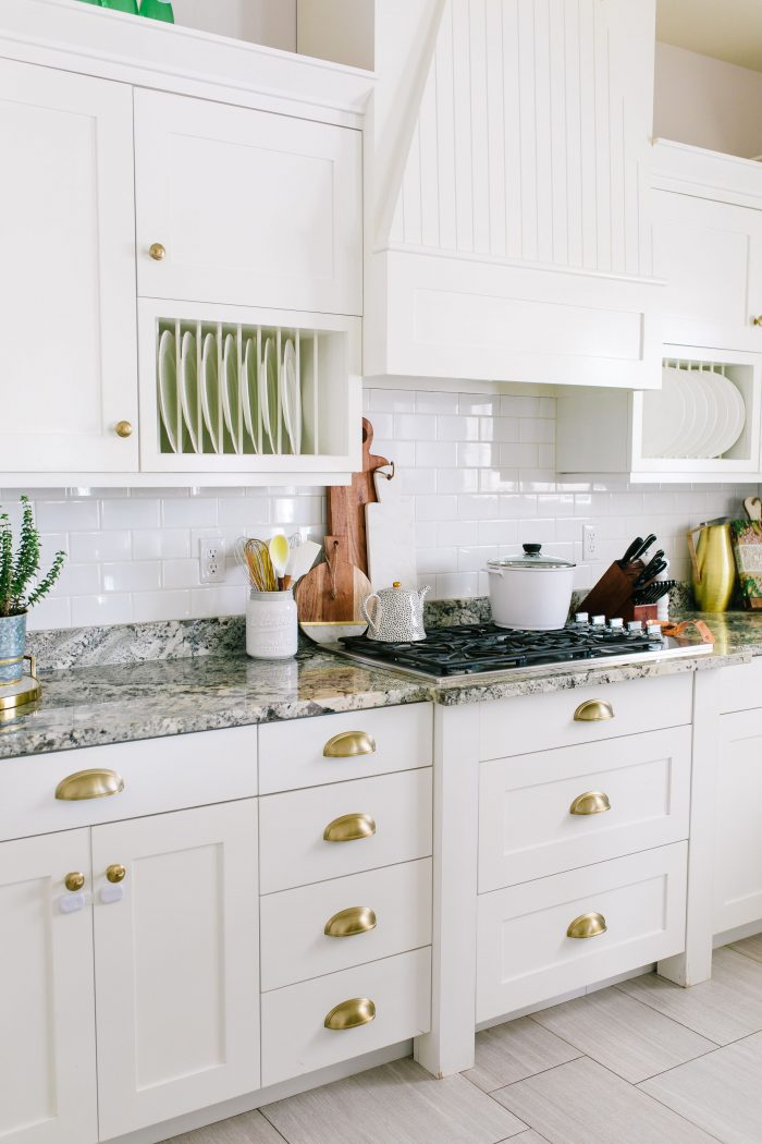 Easy Kitchen Updates featured by top US lifestyle blog A Slice of Style