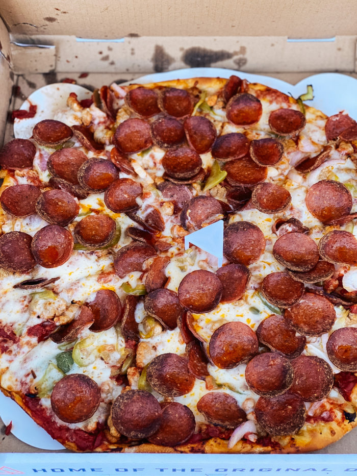 4th Birthday Party by popular Utah motherhood blog, A Slice of Style: image of a Summit Pizza Co. pepperoni pizza.