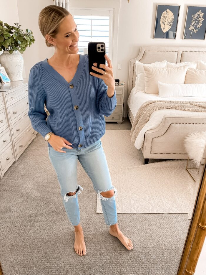 This cardigan and these jeans are the perfect go-to for spring!